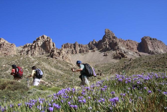 trekking mgoun maroc